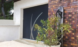 Photo - Sliding door with Aloé pattern